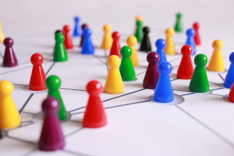 Die besten Online-Netzwerke und Job-Inspirationen für Geisteswissenschaftler*innen und Sozialwissenschaftler*innen